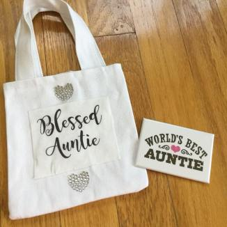 auntie bag and magnet